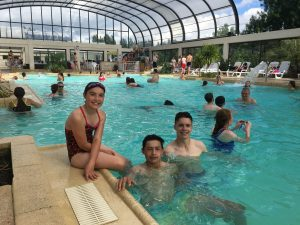 Children enjoy themselves in a fun indoor pool at Berny Riviere parc